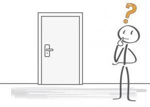 Strichmännchen vor Tür